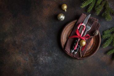Dekoracja świątecznego stołu - zgodnie z savoir vivre'm