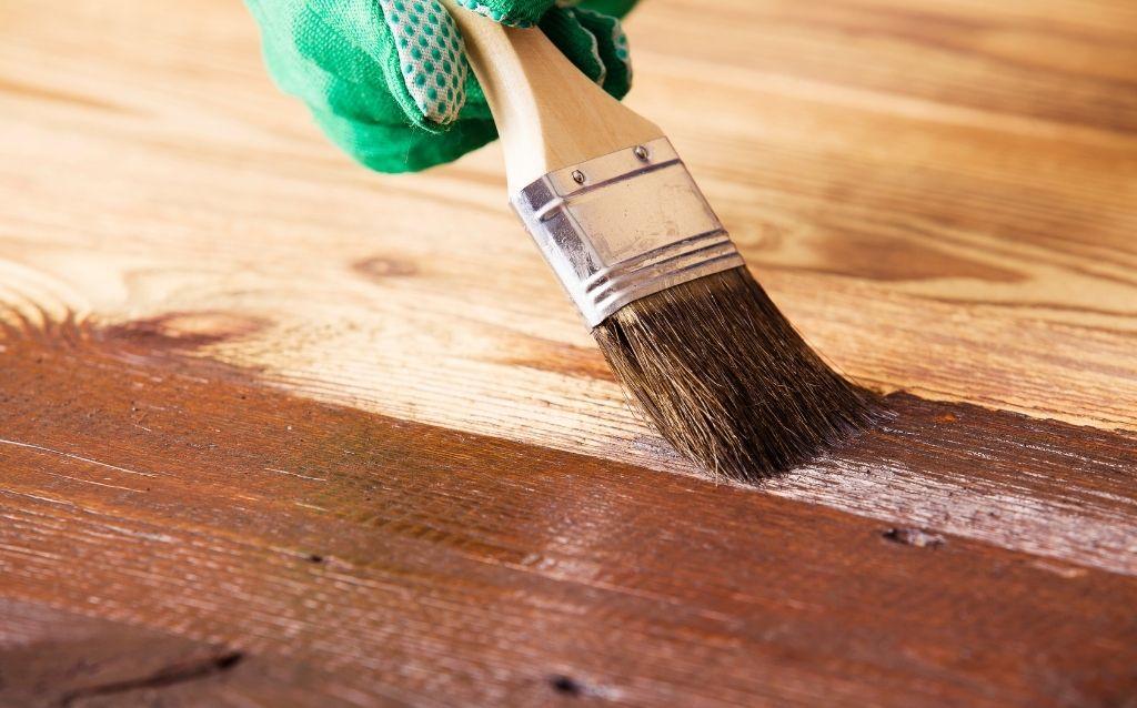 pielęgnacja drewnianych mebli