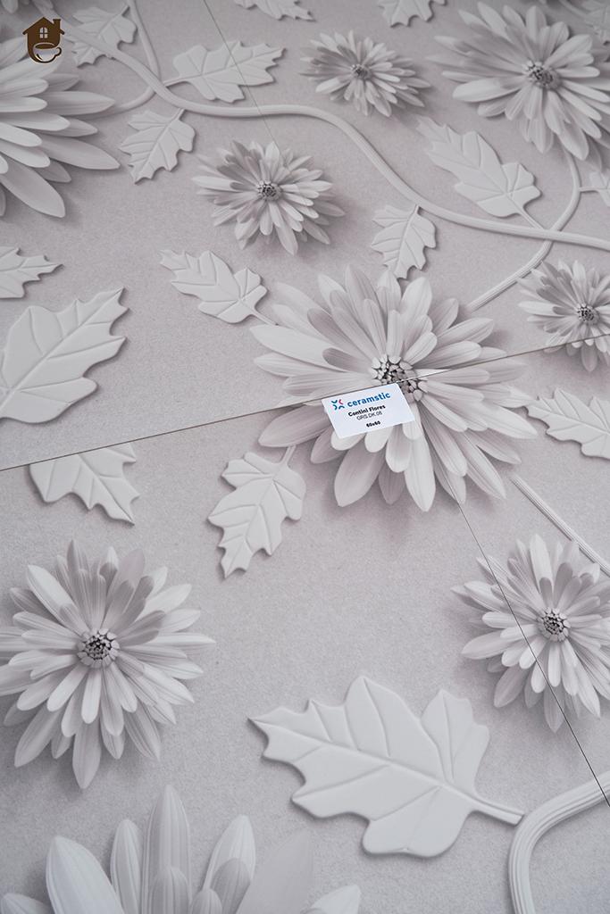 zbliżenie na wzór kwiatowych płytek