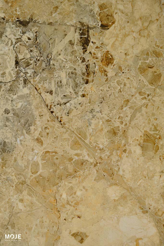 płytka gresowa w kolorze piaskowym
